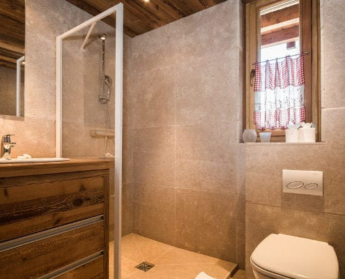 Chalet Pure Courchevel bathroom